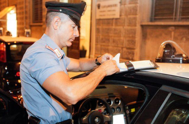 Jesi, movida anti-Covid, scattano i controlli dei Carabinieri e del Nas: maxi multa a un locale