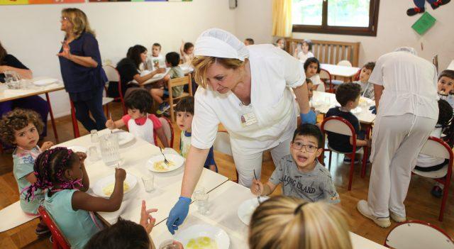 Osimo, slitta l'inizio del servizio mensa a scuola