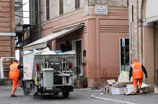 """Jesi, 202mila euro per la raccolta rifiuti """"intelligente"""""""