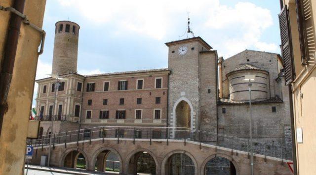 Archeologia: alla riscoperta delle Torri pendenti di Fabriano e del comprensorio