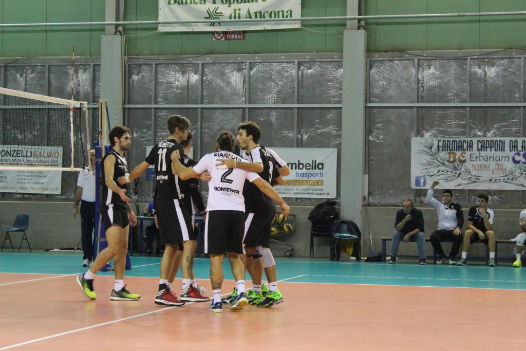 Gli atleti dell'Ankon Volley
