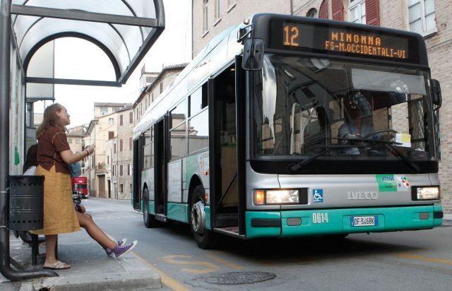 Spostamento del capolinea degli autobus, Jesi in Comune dice No