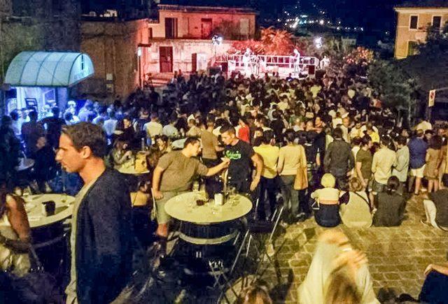 Da Corto Dorico agli spettacoli di Mika e De Sica: gli eventi nelle Marche dal 25 novembre all'1 dicembre