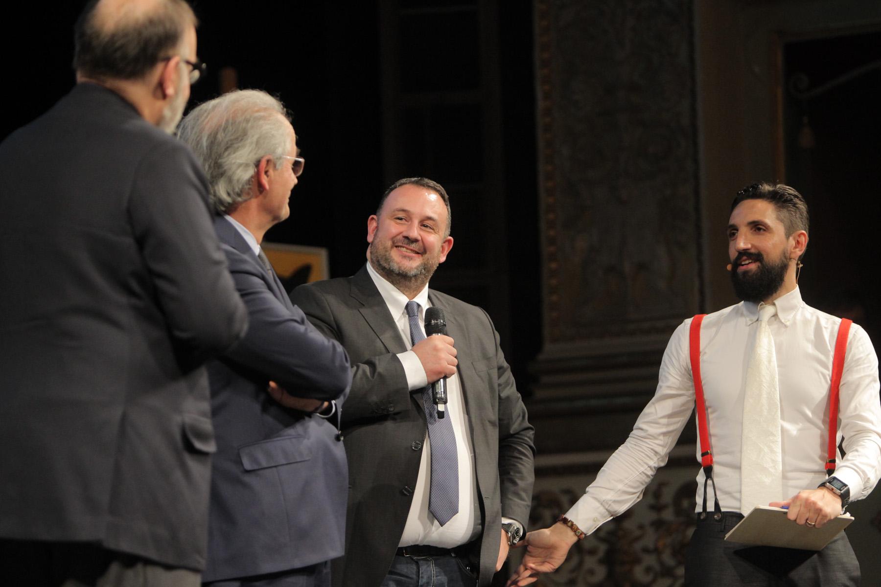 http://www.centropagina.it/wp-content/uploads/2017/02/Pagina-Jesi-in-Progress-Repubblica-Magnifico-Rettore-Gialetti-Socci-.jpg