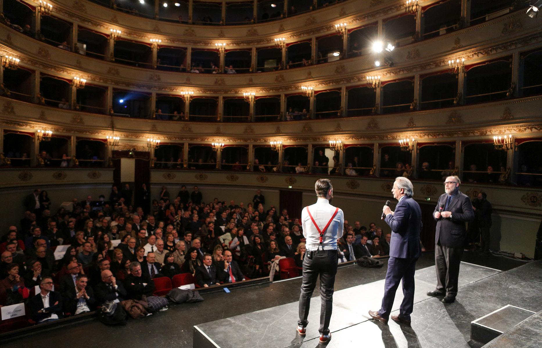 http://www.centropagina.it/wp-content/uploads/2017/02/Pagina-Jesi-in-Progress-Socci-Rettore-Longhi-Repubblica-pubblico-.jpg
