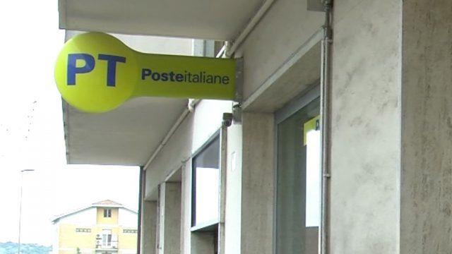 Falconara, attese di 4 ore davanti agli uffici postali. Il Sindaco scrive a Poste Italiane