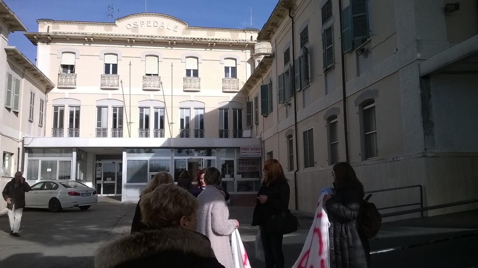 Osimo, con il sì alla mozione cresce speranza di riaprire il punto nascita
