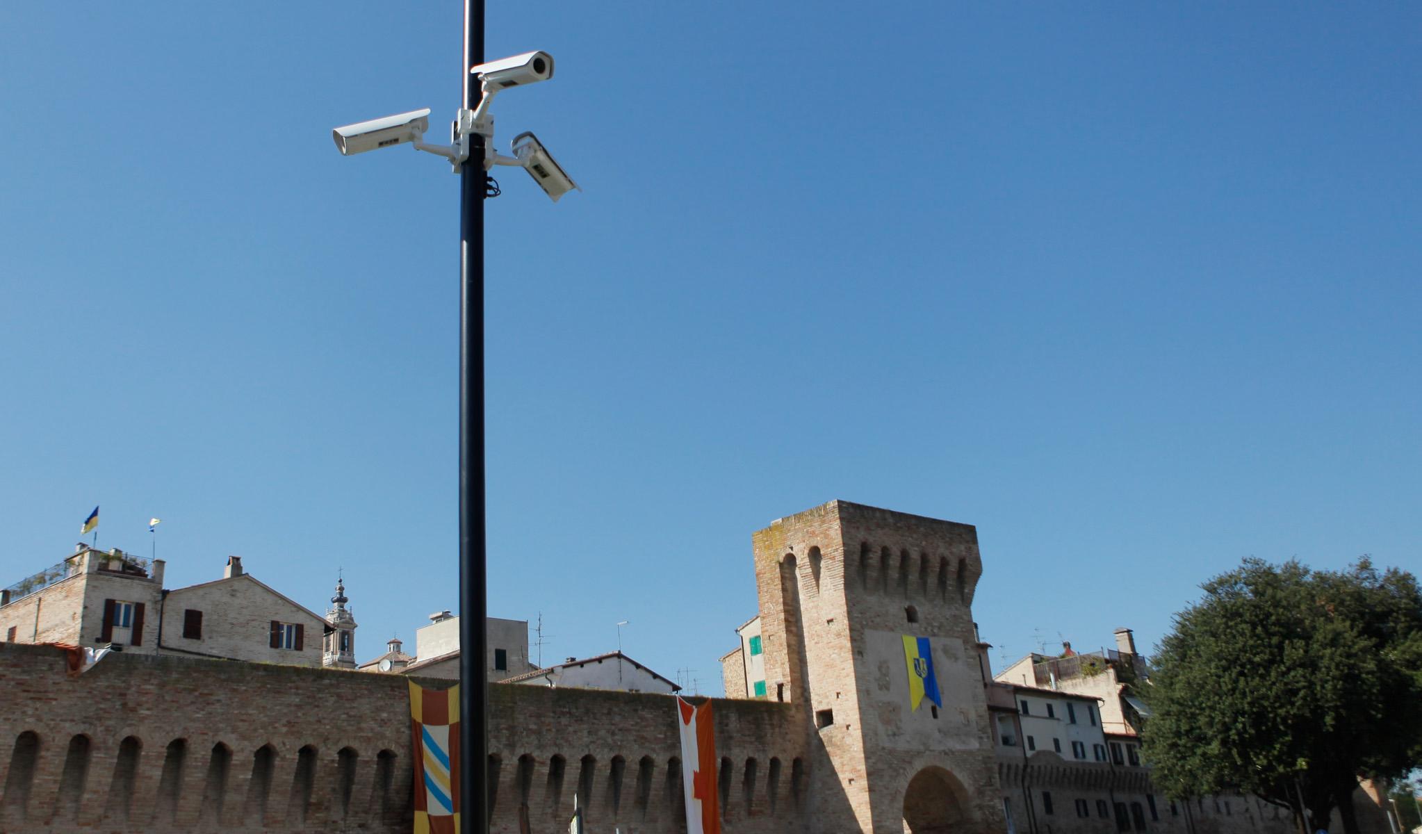 Jesi, 60 mila euro per la videosorveglianza in centro storico: affidata la progettazione