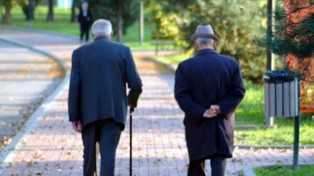 Pesaro Urbino, due pensioni su tre non superano la soglia di povertà. Le donne le più penalizzate