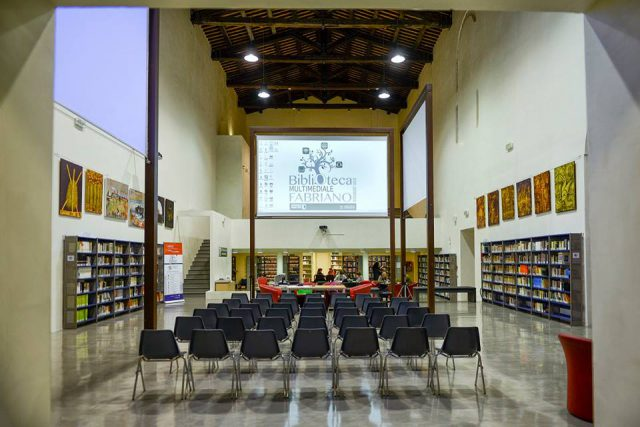 "Tris di appuntamenti in Biblioteca a Fabriano: si comincia con ""Genitori insieme"""