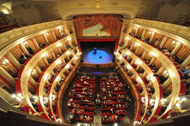 Fabriano: la Traviata di Verdi inaugura la stagione di lirica