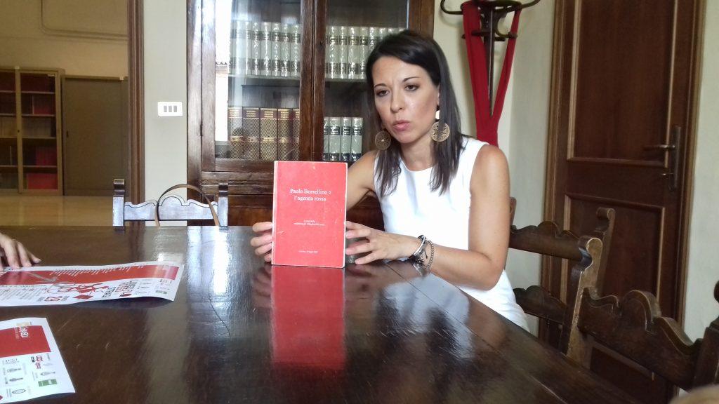 """L'avvocato Alessandra Antonelli, coordinatrice per la Provincia di Ancona del movimento delle """"Agende Rosse"""""""