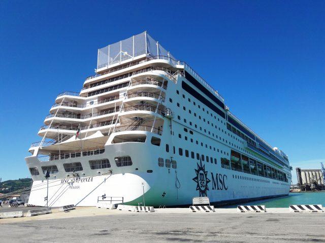Porto di Ancona: slitta a maggio l'inizio della stagione crocieristica di Msc Sinfonia
