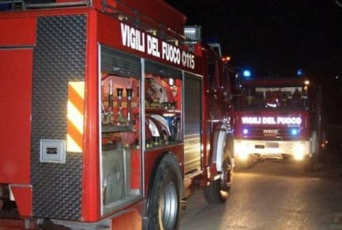 Pesaro, 32enne muore sulla statale investito da due auto