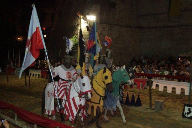 Il medioevo entra nel vivo a Offagna