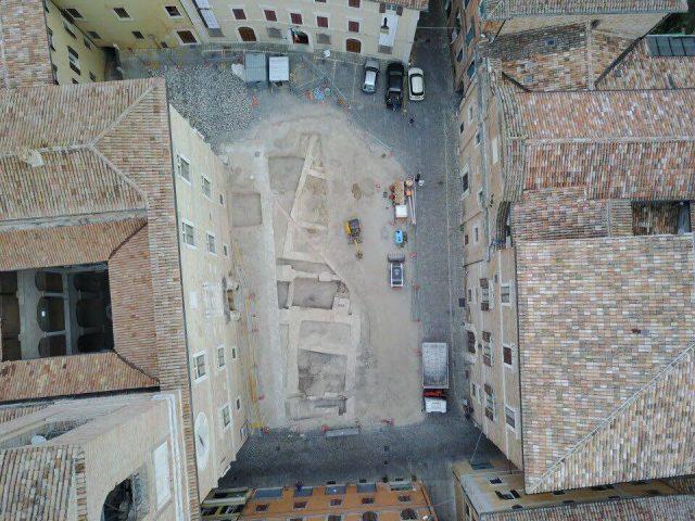 Trasparente o digitale, il futuro di piazza Colocci
