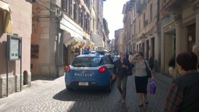 Osimo, raid dei malviventi in centro: le parole del sindaco