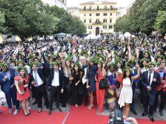 Lauree in piazza Roma ad Ancona in una foto di repertorio