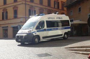 L'ufficio mobile della Polizia Locale a Jesi