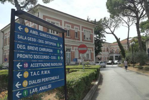 Mancano le dottoresse al reparto di gastroenterologia di Senigallia, slittano gli esami