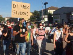 La protesta dei residenti di Osimo Stazione contro lo smog nel maggio scorso