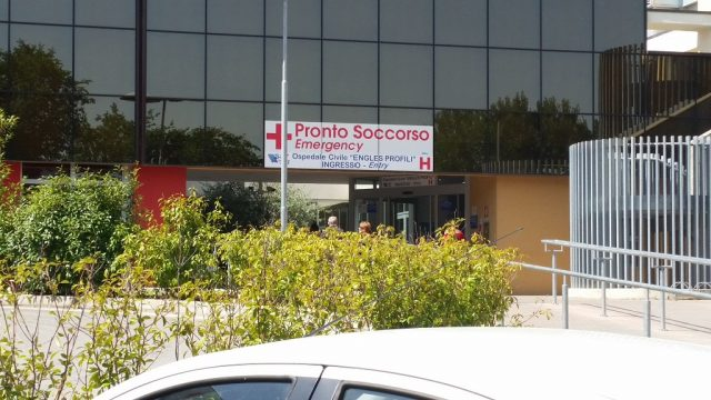 Ingresso del Pronto soccorso dell'ospedale di Fabriano