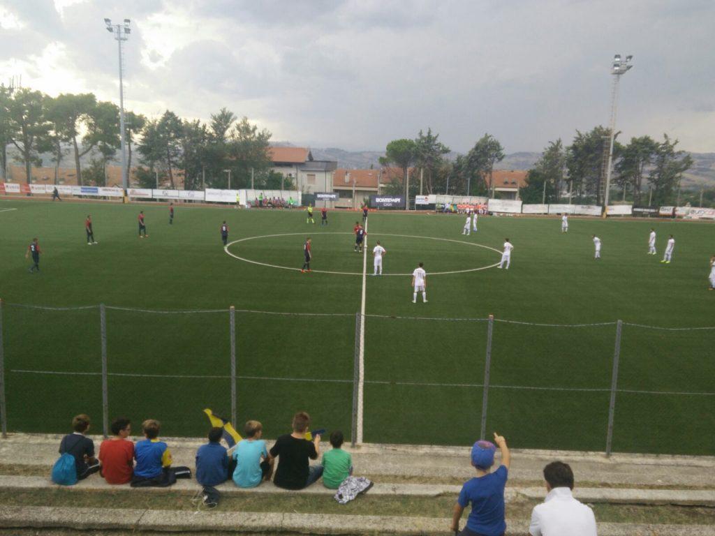 """Lo stadio comunale """"Montenovo"""" di Camerano"""