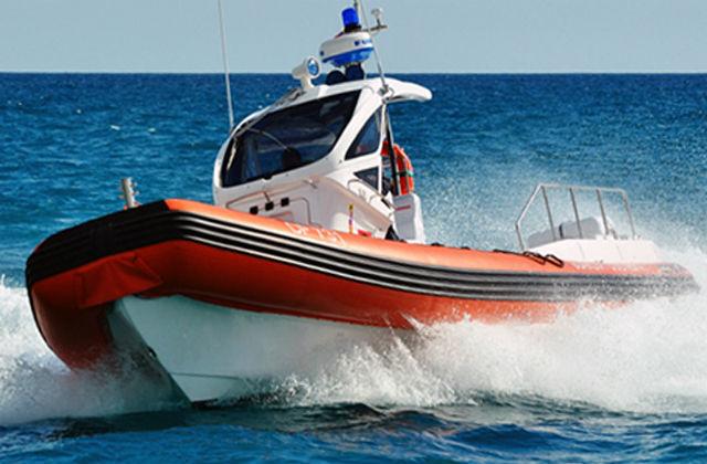 La motovedetta della Guardia Costiera