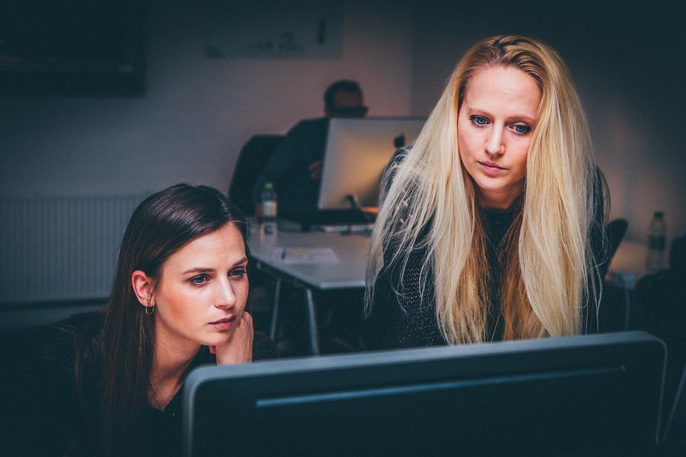 Formazione e occupabilità femminile, Pd e Jesi in Comune elencano le cose da fare