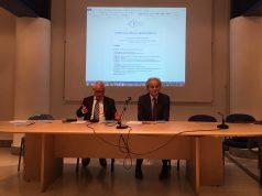 Michele Caporossi (a sx) e Sauro Longhi alla presentazione del bilancio sociale