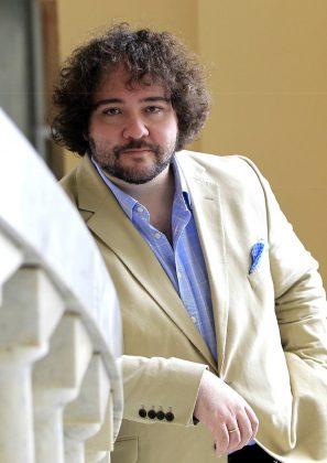 Il direttore d'orchestra José Miguel Pérez-Sierra