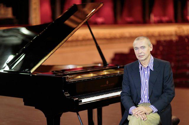Ivo Pogorelich aprirà la stagione concertistica degli Amici della Musica