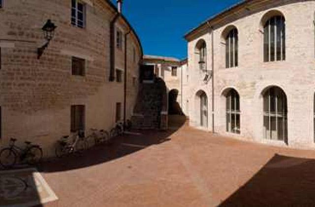 La biblioteca comunale Antonelliana di Senigallia