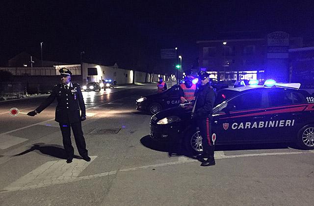 Senigallia: controlli notturni dei Carabinieri