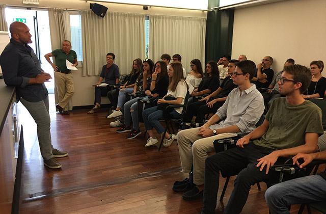 Il progetto scuola lavoro per gli studenti del liceo Medi alla Fiorini Packaging di Senigallia