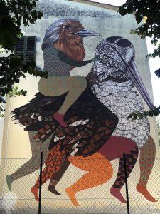 Un'altra realizzazione dei due artisti incaricati di lavorare sulla parete dei civici 4 e 6 di via San Giuseppe