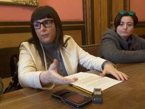 Silvia Gregori durante la conferenza stampa