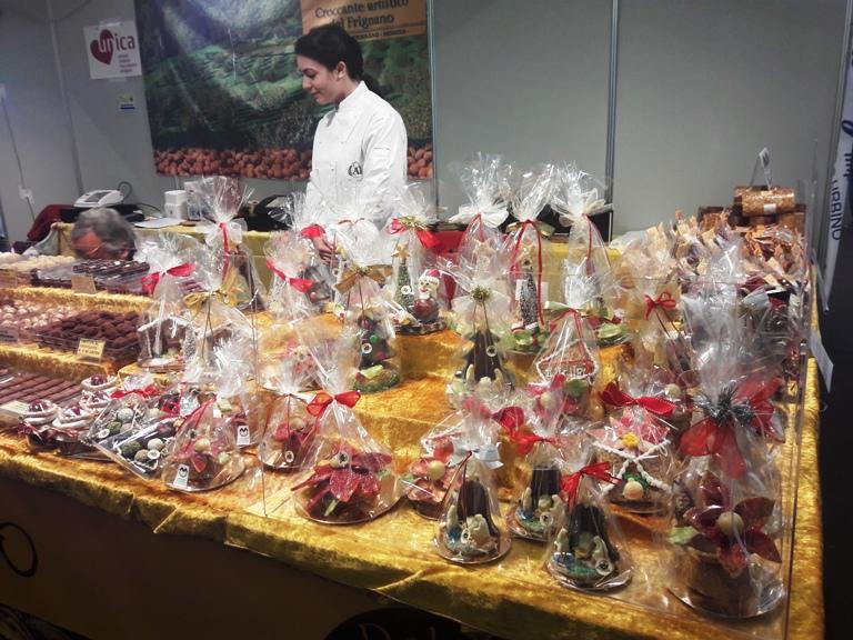 """Torna ad Ancona """"Choco Marche"""": in piazza Pertini tutti i colori del cioccolato artigianale"""