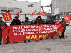 Presidio davanti al cantiere Isa (Foto: Francesco Rubini)