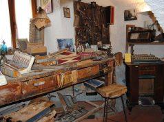 Un autentico laboratorio di fisarmoniche a Castelfidardo