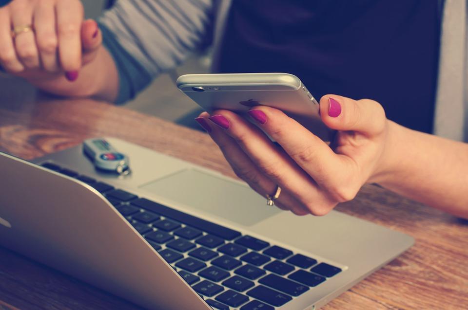 Arcigay Comunitas cresce e diventa comitato. Incontri online per combattere la solitudine