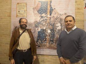 Furio Cappelli e Duilio Ricci davanti all'affresco in San Nicolò