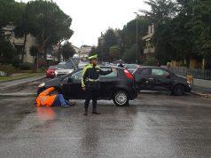 L'incrocio tra le vie Moro e La Malfa poco dopo l'incidente