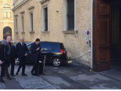 Bianconi entra in tribunale