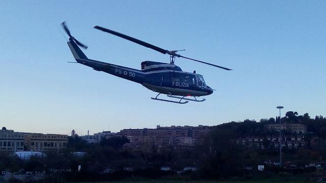 Coronavirus, controlli nel Piceno anche con l'elicottero: sanzioni per sette