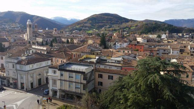 Calano gli immigrati residenti a Fabriano. In crescita la comunità romena