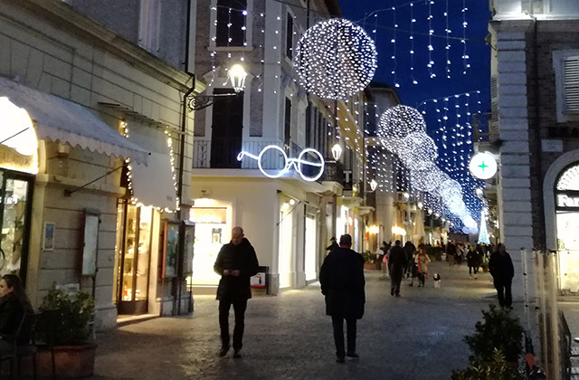 Natale, luminarie e iniziative già dal 30 novembre a Senigallia