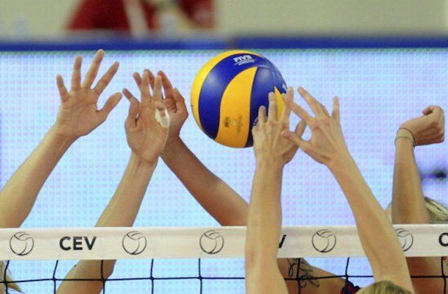 Volley, le marchigiane di serie A fanno festa