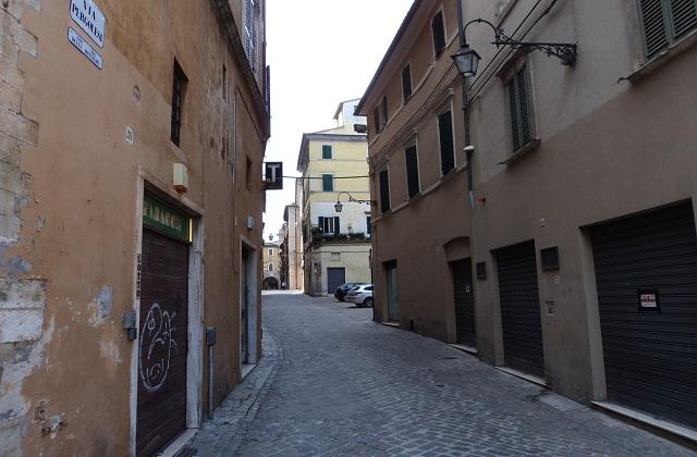 Cantiere in Corso Matteotti, imprenditori preoccupati. La Cna: «436 negozi chiusi»