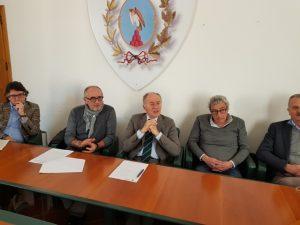 La conferenza stampa di presentazione dei lavori alle scogliere di Falconara